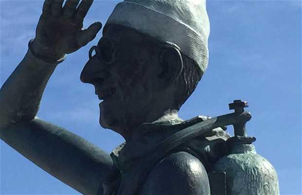 Monumento a jaques cousteau