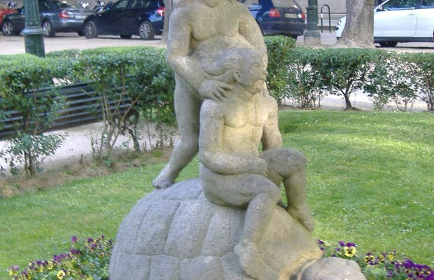 Turtle with children