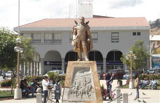 Estatua de Luzuriaga