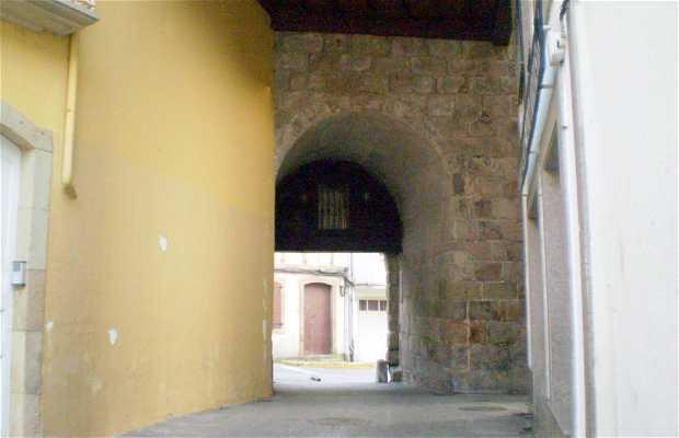 Porta da Vila (Porte de la ville)