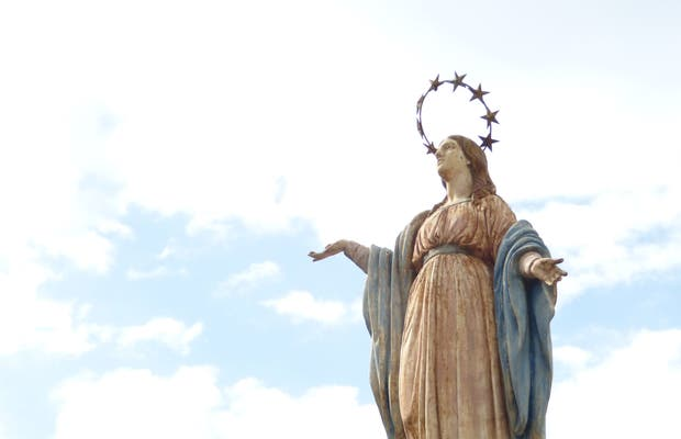 Monumento de la Virgen Boulogne Gesse