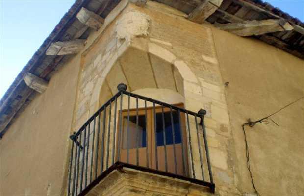 Casa del Balcone a angolo a Carrion de los Condes