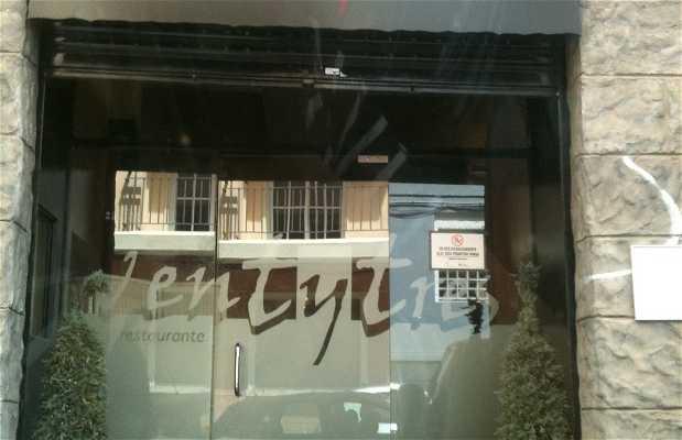 Ventytres Restaurant
