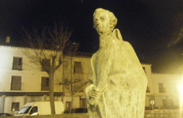 Escultura a Eulogio Florentino Sanz