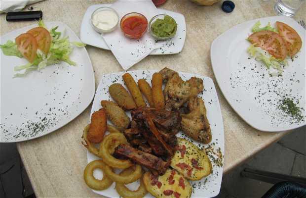 Latino's Diner
