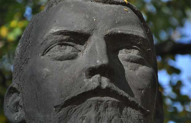 Estatua Zahari Stoianov