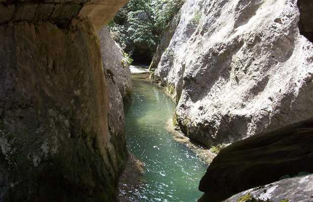 Purón River Gorge