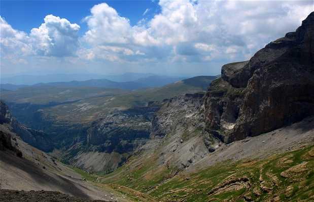 Excursión GR11 del Valle de Pineta al Collado de Añisclo