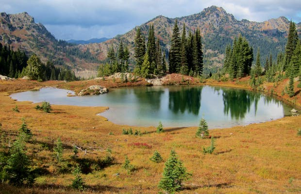 Naches Peak Loop Trail