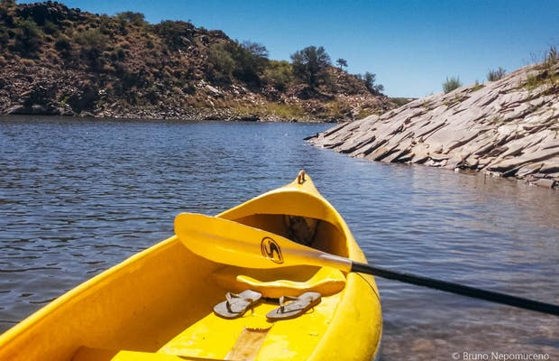 Canoa no lago Oanob