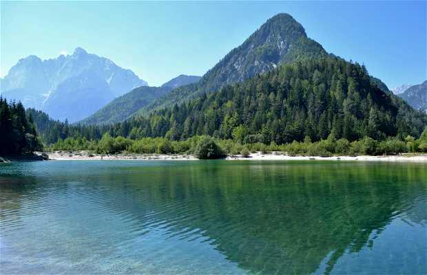 Lago de Jasna