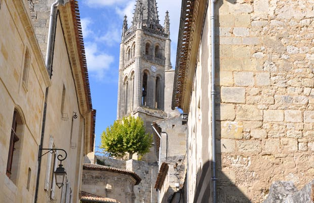 Iglesia y claustro de la Collégiale