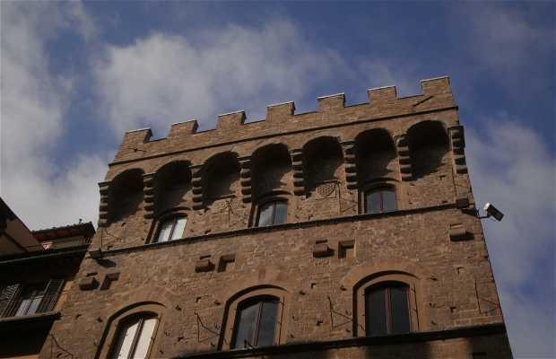 Antica Torre via Tornabuoni