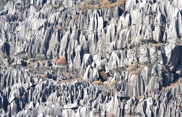 Le formazioni carsiche verso Ban Nahin