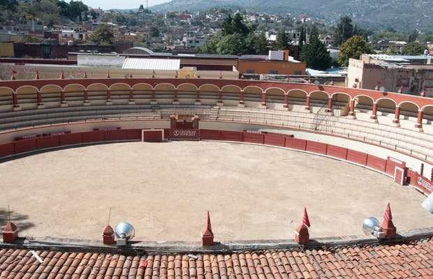 """Jorge """"El Ranchero"""" Aguilar Bullring"""