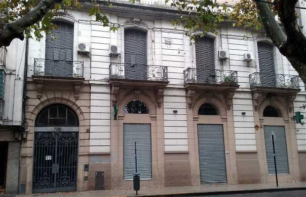 Edificio Farmacia de La Plaza