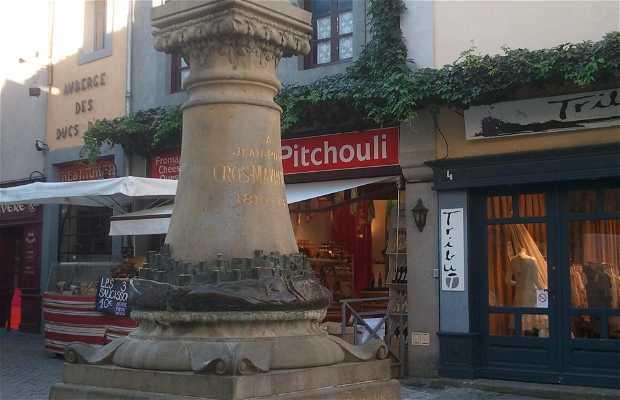 Estatua de Jean-Pierre Cros-Mayrevieille