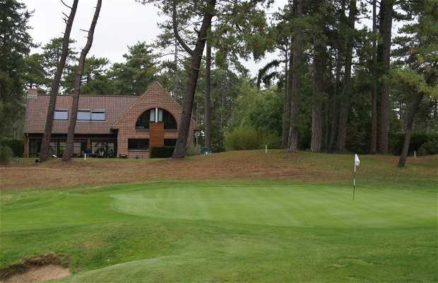 Les deux terrains de golf