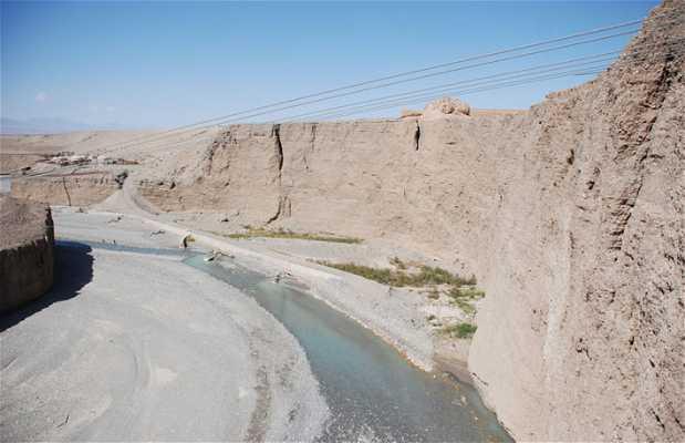 Cable car of the Gobi desert