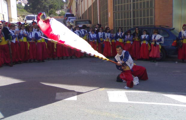 Bailar la bandera
