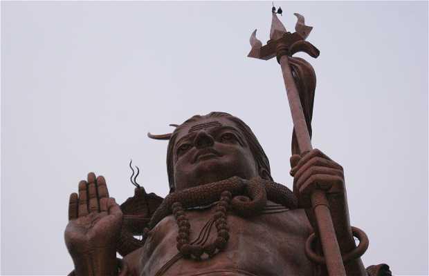 Estatua de Shiva Mangal Mahadev