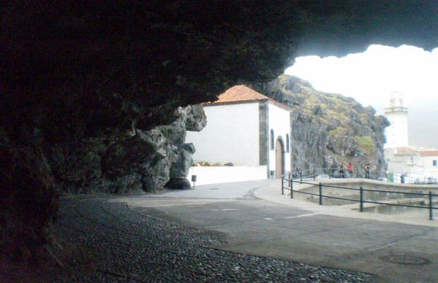 Cueva de Achbinicó y Ermita de San Blas