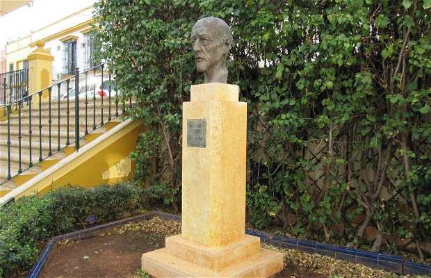 Monumento a José Mª Gutierrez de Alba