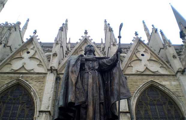 Monumento al Cardenal Mercier