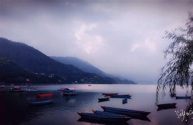 Alquiler de barcas-pokhara-