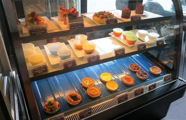 Pastria Bakery