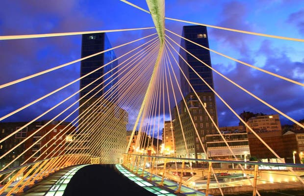 Ponte Zubizuri di Bilbao