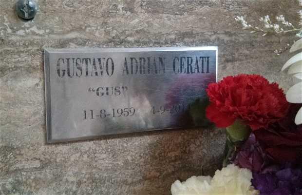 Cerati en el Cementerio de La Chacarita