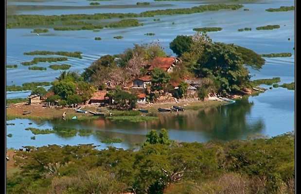 Lago Suchitlan in Salvador