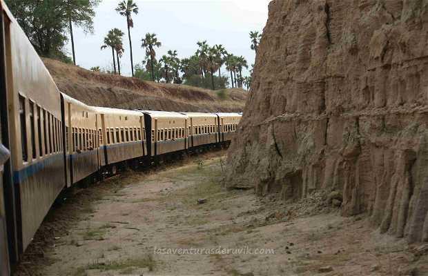 Tren de Bagan a Yangon