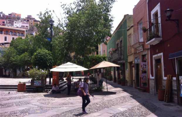 Plazuela de San Fernando