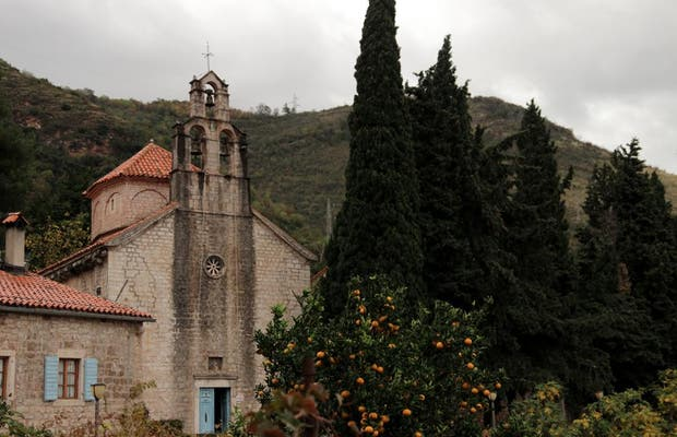 Monasterio Rustovo