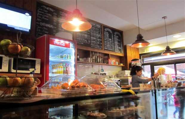 Astor Café