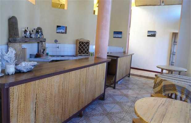 Isla Incahuasi Cafe