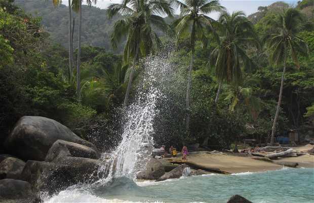 Spiaggia La Piscina a Santa Marta