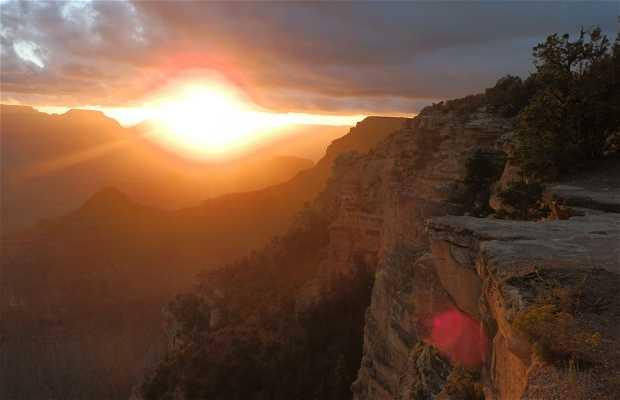 Amanece en el Gran Cañón del Colorado
