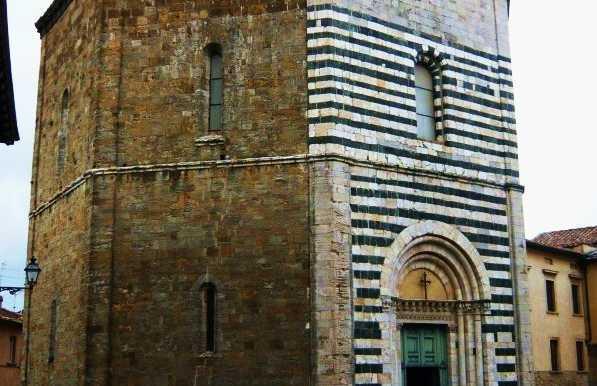 Baptistère de Volterra