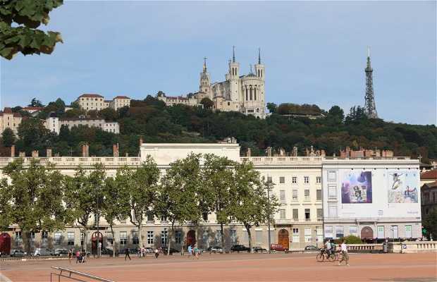 Oficina de turismo y congresos del Gran Lyon