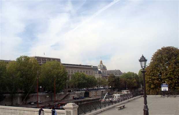 Praça Vert Galant