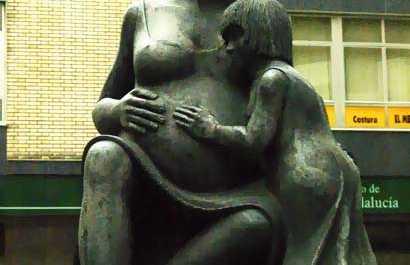 Monument à la Mère