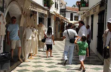 Los Caños Street