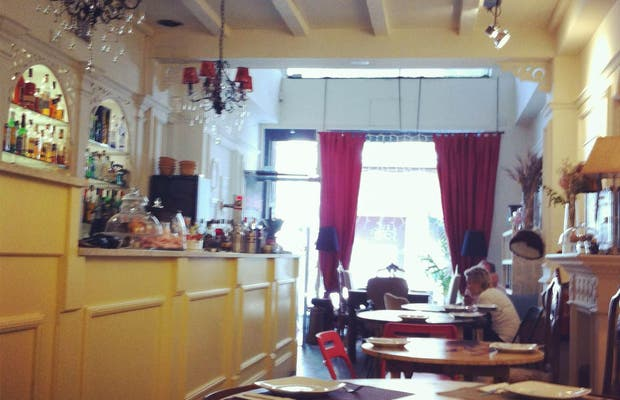 Fresas Y Chocolate Restaurant