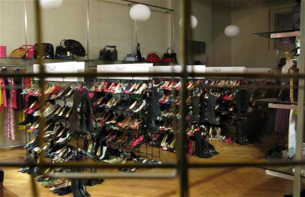 Le magasin Chelsea Fashion Clearance