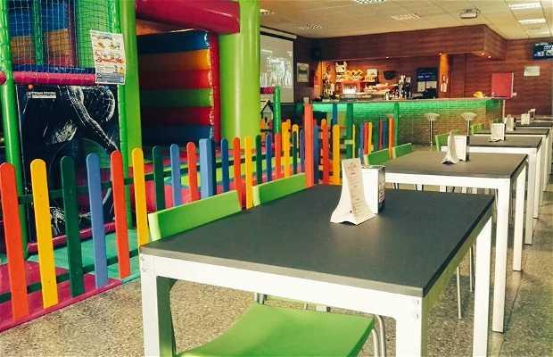 Chispa'S. Parque de bolas y Cafeteria
