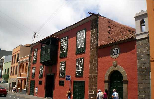 Casa Peraza y Ayala e Cappella della Santissima Trinità a Tenerife