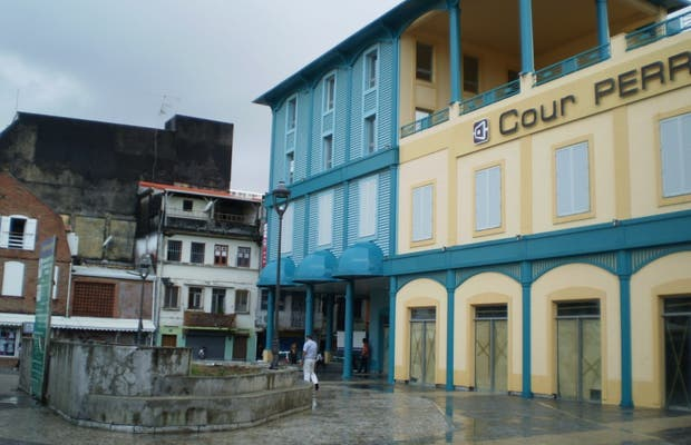 Cour Perrinon